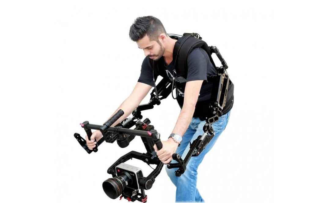 Exoskeleton a BOZP