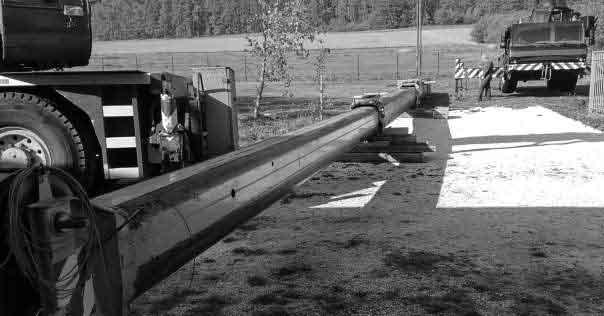 Převrácený jeřáb Terex AC35 kvůli školácké chybě